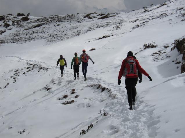 weekend in Helambu - descending from Tharepathi