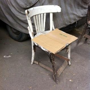 Cairo Chair 4 (@ Mark Nozeman) source: http://pan-f.com/?p=17627