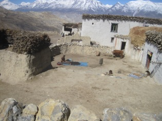 Upper Mustang village source: @ Roger Henke