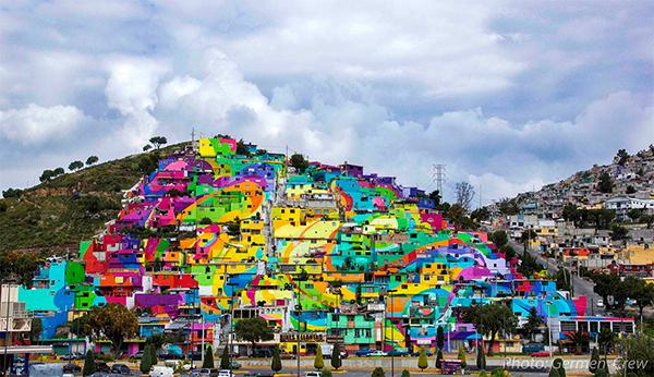 source: https://news.artnet.com/art-world/palmitas-mexican-neighborhood-becomes-germen-crew-mural-319947